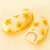 バナナシェイク味の 「東京ばな菜の花」