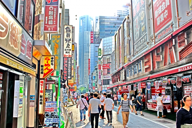 家電量販店_新宿西口